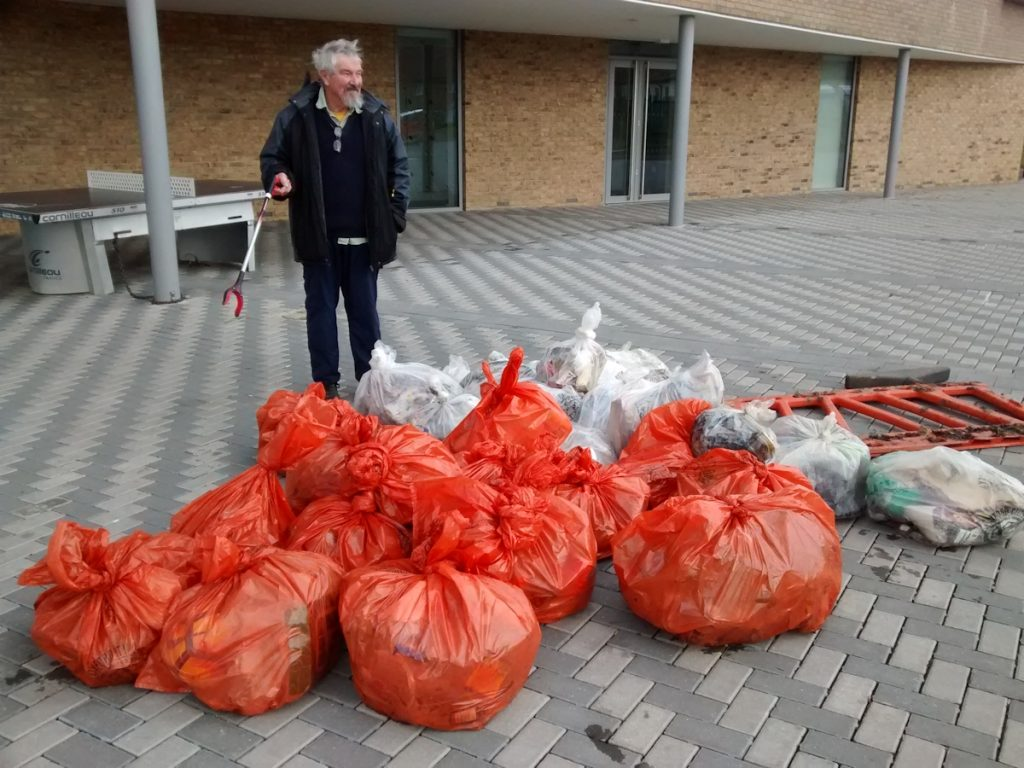Rubbish collected in Rose Hill